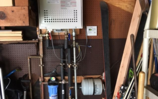 Tankless Water Heater with Circulating Pump